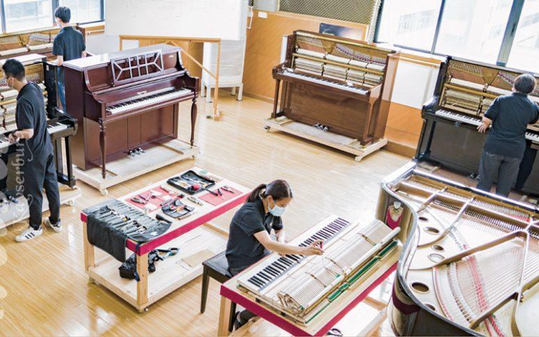 Kayserburg craftmanship factory room